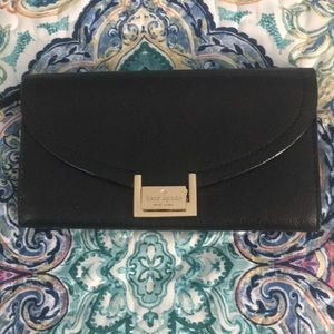 ♠️ Kate Spade Black Pebbled Leather Wallet